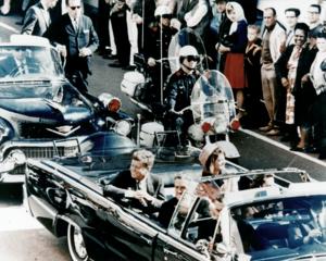 300px-JFK_limousine